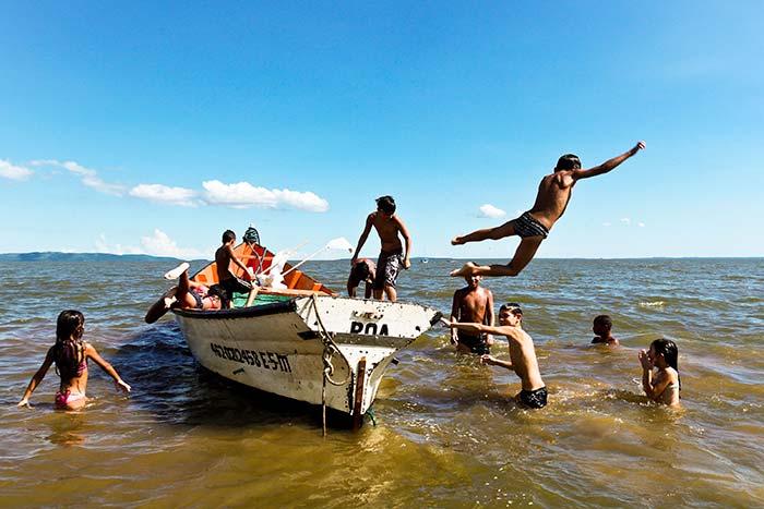 Praias do Guaíba estão próprias para banho 1 - Porto Alegre: Praias do Lami e Belém Novo seguem próprias para banho