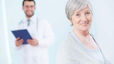 Tratamento aos idosos 390x220 - Curso Internacional de Geriatria Clínica capacita médicos