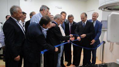 acelerador linear HSVP1 390x220 - Hospital São Vicente de Paulo de Passo Fundo recebe novo equipamento de Radioterapia