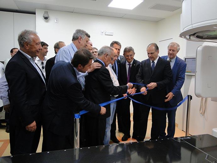 acelerador linear HSVP1 - Hospital São Vicente de Paulo de Passo Fundo recebe novo equipamento de Radioterapia