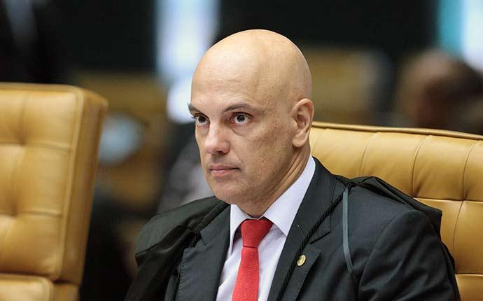 alexandre moraes - Ministro do STF determina multa de R$ 141 milhões a transportadoras