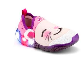 bibi3 - Bibi investe em calçados lúdicos e com luz para atrair a garotada