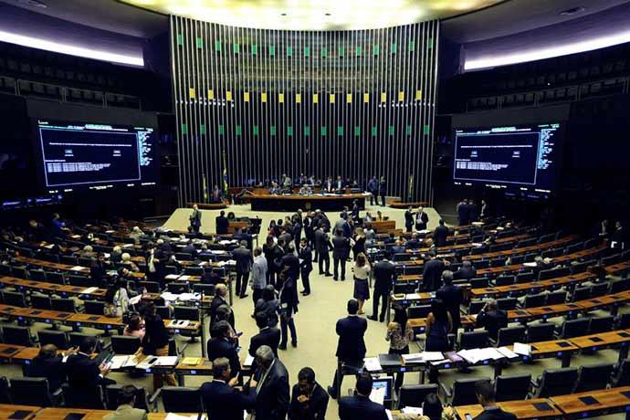 camara 1 - Câmara aprova MP que facilita renegociação de dívida dos estados com a União