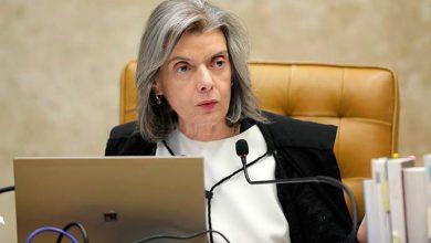 carmen lucia 1 390x220 - Cármen Lúcia defende democracia em meio à crise