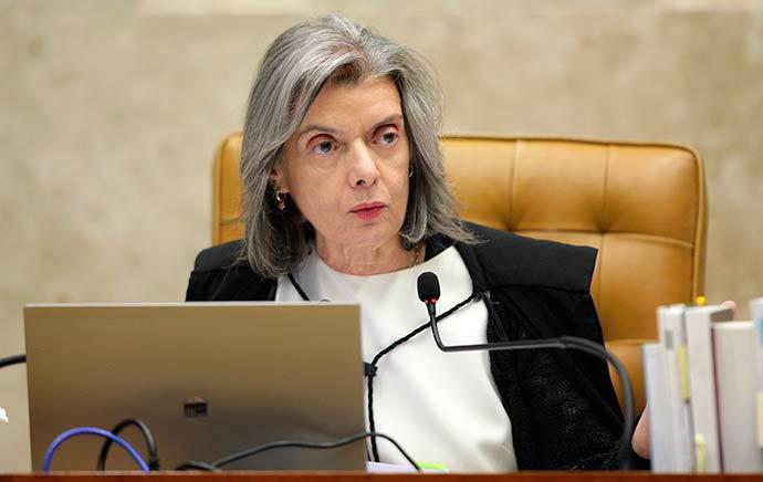 carmen lucia 1 - Cármen Lúcia defende democracia em meio à crise