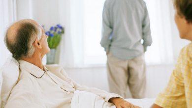 cuidador 390x220 - Estresse do cuidador e a atenção ao paciente
