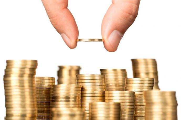 dinheiro - Balança comercial tem superávit de US$ 3,1 bi no início de maio