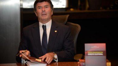 luiz fux 390x220 - Luiz Fux toma posse hoje na presidência do TSE