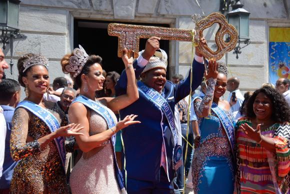 momo rio - Rei Momo abre carnaval do Rio em cerimônia no Palácio da Cidade