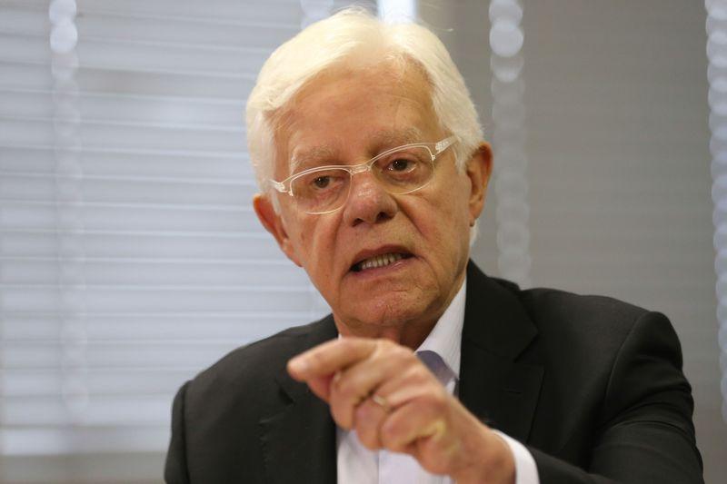 moreira franco - Moreira Franco pede ao Cade para investigar preços em postos de combustíveis