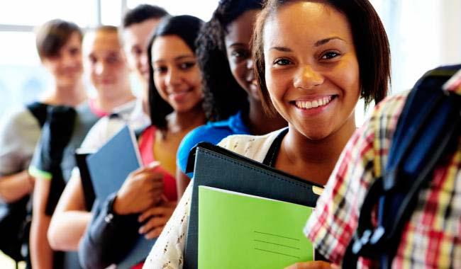 pós a conclusão do curso o valor da parcela dependerá da renda do estudante. - Hoje é o último dia para inscrições no Fies do segundo semestre