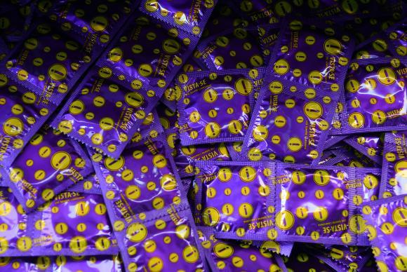 preservativos - Prefeitura do Rio distribui 3 milhões de preservativos durante o Carnaval