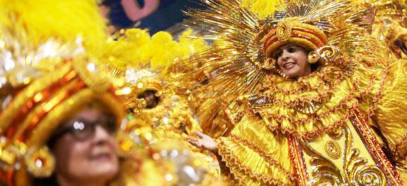 sp - Primeira noite de carnaval de SP tem homenagem a samba, reggae e sertanejo