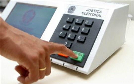 urna - Bolsonaro é o sétimo a registrar candidatura à Presidência