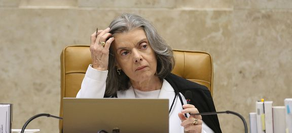 1098786 antcrz abr 112320175493 - Cármen Lúcia marca para amanhã julgamento de habeas corpus de Lula