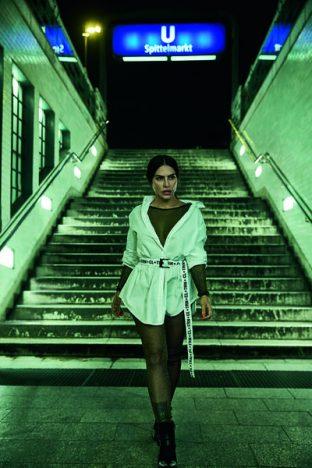 332316 770008  45v0770 final cmky web  312x468 - Triton lança campanha com Cleo Pires, Mariana Mello e DJ Vintage Culture