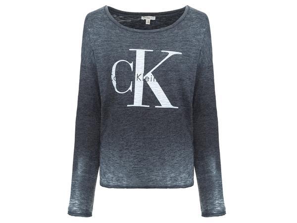 332653 771201 calvin klein jeans   r 229 web  - Calvin Klein Jeans lança primeira coleção com alinhamento global