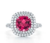 333546 774624 unnamed  1  web  - Daisy Ridley usa Tiffany & Co. para o 23º Empire Awards