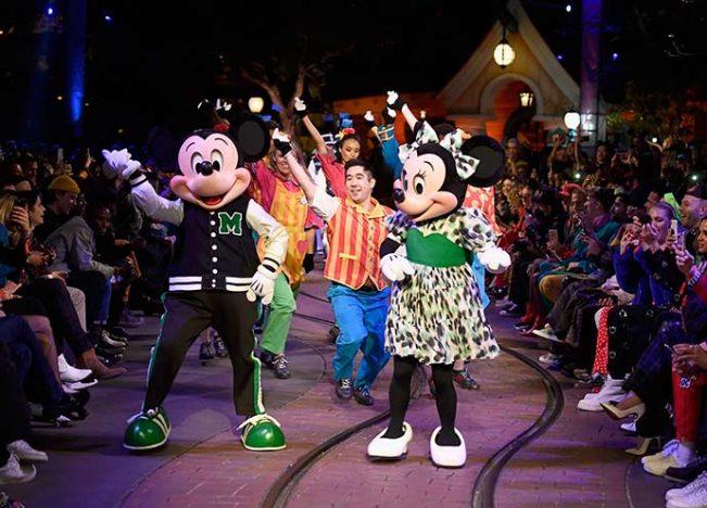 929083912 651x468 - Opening Ceremony lança coleção inspirada em Mickey Mouse