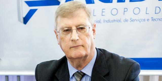 Acist Oldemar Plantikow Brahm H - ACIST-SL solicita ampliação do prazo dos alvarás provisórios
