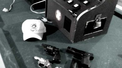 Armas e máquinas caça níqueis apreendidas pela Guarda Municipal  390x220 - Guarda Municipal de Novo Hamburgo apreende armas e máquinas caça-níqueis