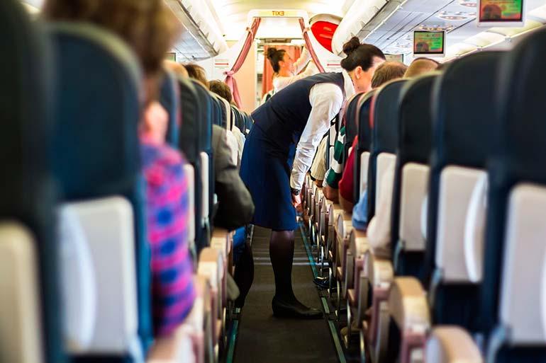 Avião de passageiros - Conselho Federal de Medicina lança hoje (12) a cartilha Medicina aeroespacial