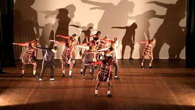Cia Claque O Verso do Avesso 2 390x220 - Sapateado americano contemporâneo no Teatro Bruno Kiefer