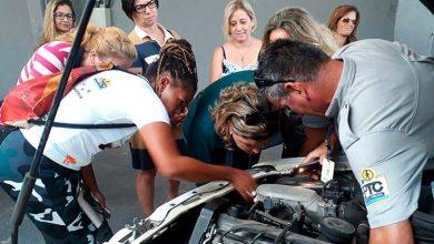 Conteúdo abordou questões como suspensão luzes do painel e elétrica  390x220 - Porto Alegre: Curso de mecânica básica para mulheres teve 17 participantes