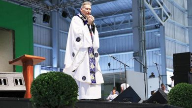 Evento Encontro na Trilha da Cura 2 390x220 - Padre Marcelo Rossi celebra missa em evento na Canção Nova