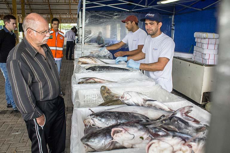 Feira do Peixe de São Leopoldo - Aberta a Feira do Peixe em São Leopoldo