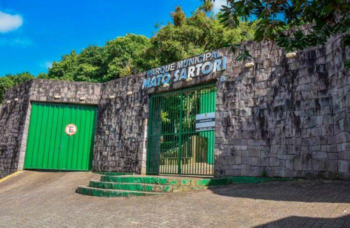 Jardim Botânico e no Mato Sartori 3 700x456 - Roteiros ecológicos no Jardim Botânico e no Mato Sartori em Caxias do Sul