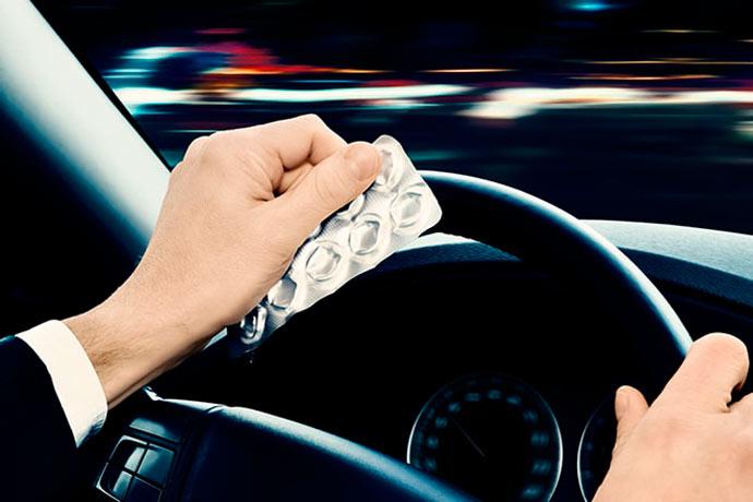 Medicamentos - Medicamentos também interferem na capacidade de dirigir