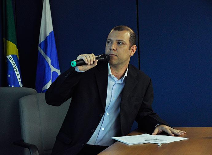 Michel Lapip - Economia brasileira consome 6 litros de água para cada R$ 1 produzido
