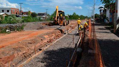 Obras na Avenida Alcântara minimizarão alagamentos e melhorarão a mobilidade urbana 390x220 - Avançam os trabalhos de reurbanização da Avenida Alcântara