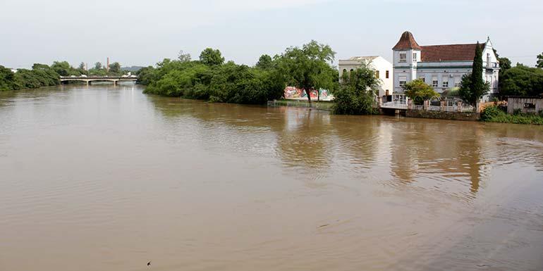 Rio dos Sinos e Secretaria do Meio Ambiente 1 - São Leopoldo celebra o dia internacional de ações pelos rios