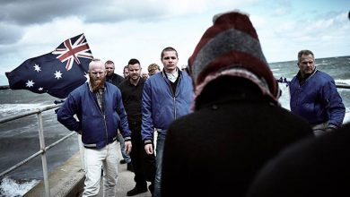 "Stan Original Series ROMPER STOMPER Toby Wallace Kaneand Patriot Blue face to face with Lily Sullivan Petra and Anti Fasc Photo by Ben King 390x220 - Sundance TV estreia ""ROMPER STOMPER"""