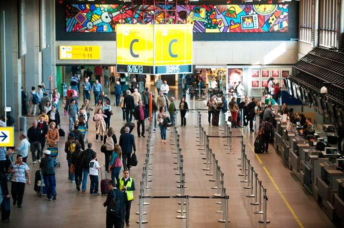aero - Piloto norte-americano é acusado de agressão no aeroporto de Guarulhos