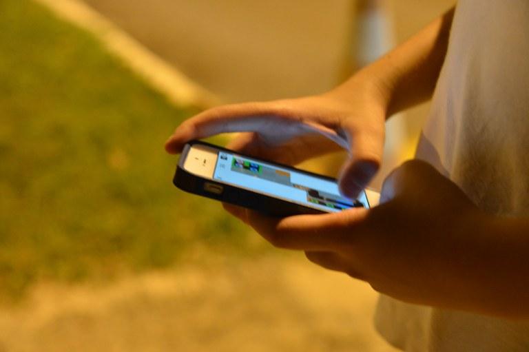 cel 2 - Anatel libera faixa para uso do 4G em SP, BH, Curitiba e Porto Alegre