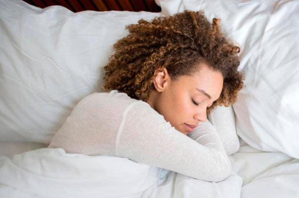 dorm 1 - Dormir bem emagrece