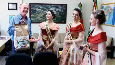 festa brochier 390x220 - Corte da 13ª Expofesta, de Brochier, visita prefeitura de Harmonia