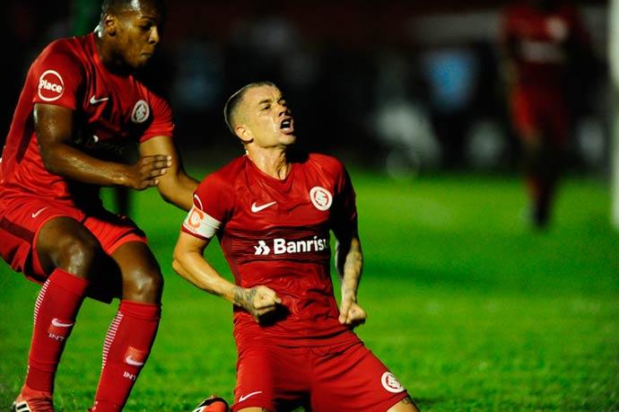 inter2 - Inter vence Cianorte por 2 a 0 e confirma classificação