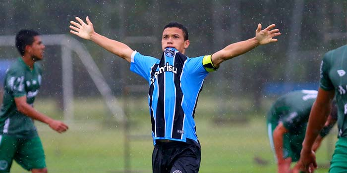 lg noticias gra mio abre disputa do estadual sub 20 com vita ria sobre o juventude 20805 - Grêmio abre disputa do Estadual Sub-20 com vitória sobre o Juventude