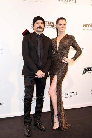 Alinne Moraes e Mauro Lima 2 312x468 - Baile de gala do amfAR reuniu famosos em São Paulo