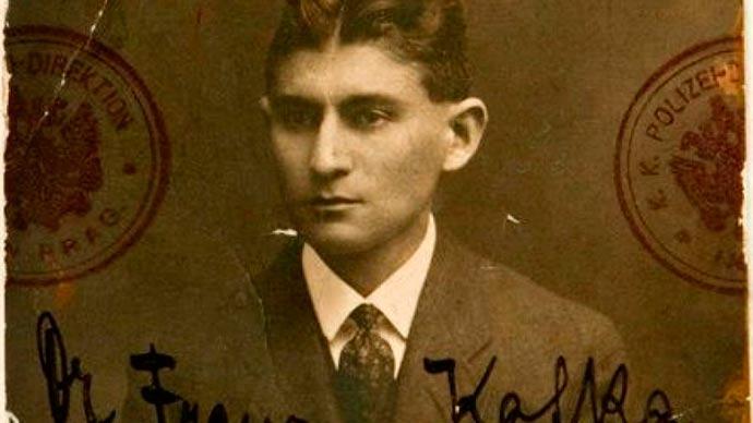 Clube de Leitura da BPE destaca novela e conto de Franz Kafka - Clube de Leitura da Biblioteca Pública RS destaca Franz Kafka