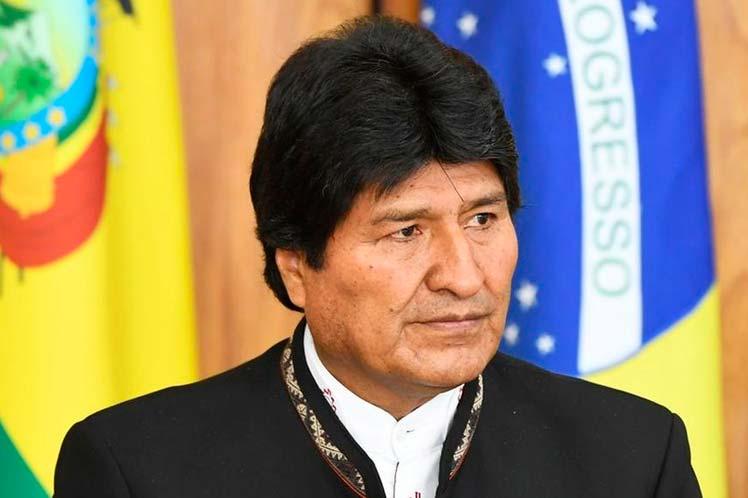 Evo Morales - Evo Morales critica OEA através das redes sociais