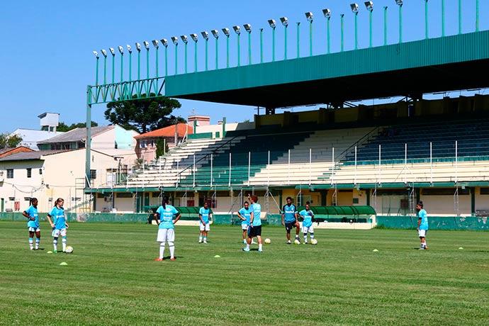 """Gurias Gremistas - Estádio Antônio Vieira Ramos é o novo """"endereço"""" das Gurias Gremistas"""