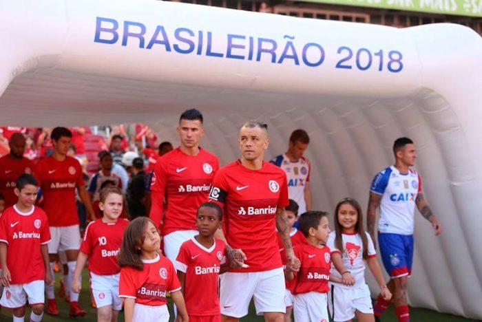 Inter vence o Bahia no Beira Rio3 700x468 - Inter estreia com vitória no Brasileirão 2018