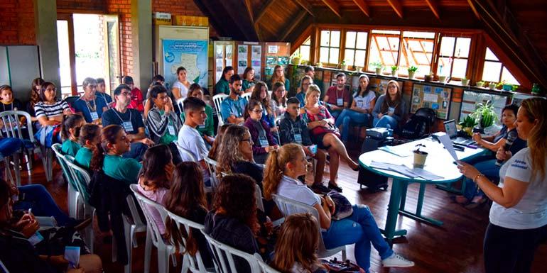Jovens escolhem projeto em conferência pelo Meio Ambiente - Jovens de NH escolhem projeto em conferência pelo Meio Ambiente