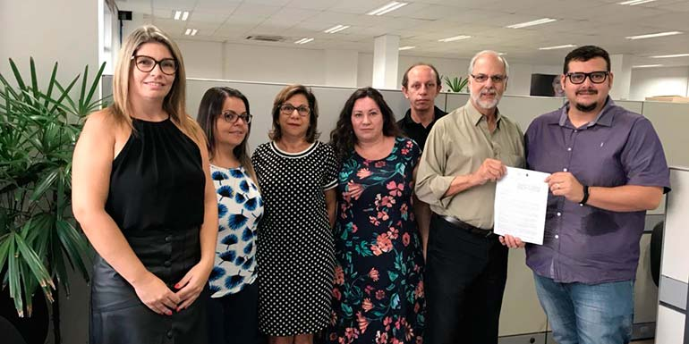 Observatório Social de São Leopoldo vista Prefeitura - Membros do Observatório Social de São Leopoldo visitam Comitê Gestor Permanente