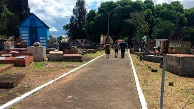 São Leopoldo manutenção dos cemitérios 390x220 - Prefeitura realiza trabalho periódico de manutenção nos cemitérios